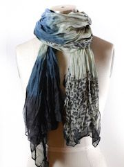 Learn the knot! Lots of ideas how to tie a scarf