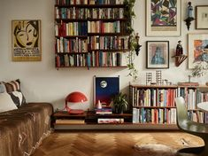 Modern Home Decoration The Nordroom - A Small Vintage Bohemian Apartment in Stockholm.Modern Home Decoration The Nordroom - A Small Vintage Bohemian Apartment in Stockholm Home Decor Styles, Home Decor Accessories, Cheap Home Decor, Decoration Inspiration, Room Inspiration, Decor Ideas, Tv Decor, Living Room Decor, Living Spaces