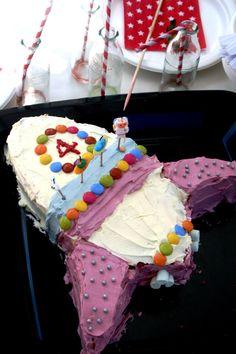 Max's rocket cake