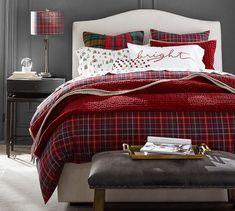 Cozy Christmas Bedroom Decor via Home Decor Bedroom, Bed Linens Luxury, Bedroom Decor, Christmas Bedding, Plaid Bedding, Bed, Romantic Bedroom Decor, Christmas Decorations Bedroom, Christmas Bedroom