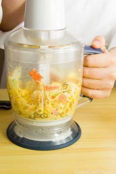 huevos rellenos recetas fácil gambas paso a paso Tapas, Empanadas, Kitchen Appliances, Food, Quiches, Gluten, Eggs, Jars, Deviled Eggs Recipe