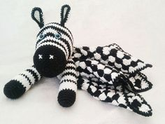 Zebra baby comforter - free crochet pattern you can use this same pattern to make a donkey baby comforter. Just change the colors and ears. Crochet Zebra Pattern, Crochet Baby Blanket Free Pattern, Crochet Lovey, Manta Crochet, Crochet Patterns Amigurumi, Free Crochet, Crochet Security Blanket, Baby Comforter, Crochet For Kids