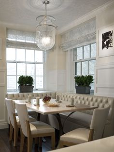 Kitchen Banquette - Fifth Avenue Residence - John B. Murray Architect - Interior Design by Llewellyn Sinkler - Photography by Durston Saylor