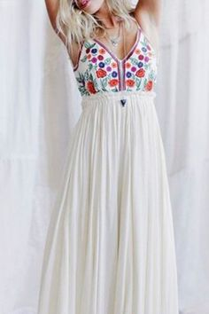 Bohemian Style Spaghetti Strap Sleeveless Floral Print Backless Dress For Women Elegant White Dress, Beautiful White Dresses, Elegant Dresses, Boho Summer Dresses, White Maxi Dresses, Boho Dress, Estilo Boho, Bohemian Style, Boho Chic