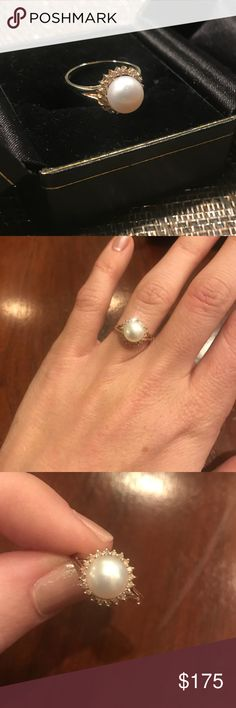 14k Gold, Pearl, & Diamond Ring Gorgeous antique pearl ring. Surrounded by diamond halo and set in 14k gold (stamped). I purchase from an antique jewelry store and just find I don't wear it now that I just wear my wedding rings. No size indicates, but fits like 5.5. Jewelry Rings