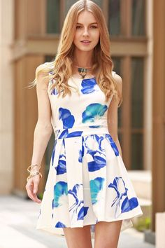 http://www.zaful.com/cut-out-round-collar-flower-print-dress-p_168334.html