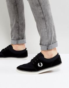 FRED PERRY STRATFORD SUEDE AND TWILL SNEAKERS IN BLACK - BLACK. #fredperry #shoes #