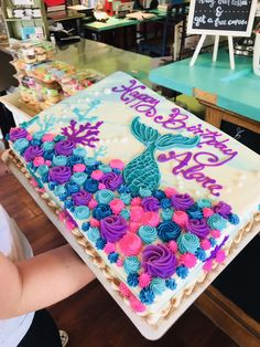 I took a sample of this on line and the bakery made it. It came out perfect! The post Mermaid Cake 2019 appeared first on Birthday ideas. Mermaid Birthday Cakes, Mermaid Cakes, Cake Birthday, Birthday Sheet Cakes, Mermaid Birthday Party Ideas, Mermaid Cupcake Cake, Little Girl Birthday Cakes, Birthday Ideas, Mermaid Mermaid