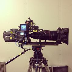 Aaton Penelope with Optimo Camera Rig, Leica Camera, Camera Tripod, Cinema Camera, Movie Camera, Camera Equipment, Photo Equipment, Anamorphic, Old Cameras