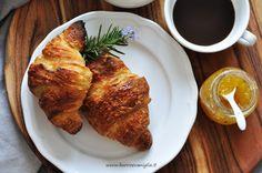 Burro e Vaniglia: Croissant e confettura d'ananas al rosmarino