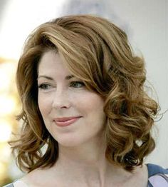 medium wavy layered hairstyles   Curly Hairstyles   Cool Easy Hairstyles