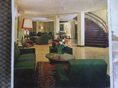 hotellobby in found brochure
