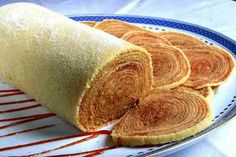 Bolo - de rolo or rolled pancake with guava puree