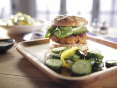 """Sweet-Pea"" Burgers recipe from Trisha Yearwood via Food Network (Season Good Food) Vegetarian Recipes, Cooking Recipes, Healthy Recipes, Healthy Dishes, What's Cooking, Healthy Options, Healthy Foods, Bariatric Recipes, Vegetarian Dinners"