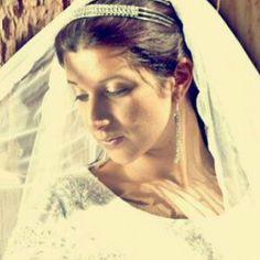 Natural Bridal make up Bridal Make Up, Hoop Earrings, Natural, How To Make, Beauty, Fashion, Moda, Fashion Styles, Beauty Illustration