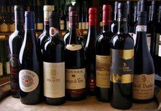 Hungarian wines Austro Hungarian, Hungarian Recipes, Budapest Hungary, Wineries, Homeland, Beautiful World, Festivals, Red Wine, Alcoholic Drinks
