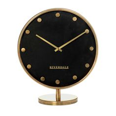 Our basic collection Black & Gold is an absolute must for any modern interior. The options are almost endless. Make your interior timeless by adding black and add some gold as a fashionable finishing touch. Modern Interior, Black Gold, Clock, Touch, Make It Yourself, Collection, Home Decor, Fashion Trends, Watch