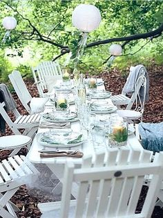 Al Fresco Dining Inspiration Outdoor Dining, Outdoor Spaces, Outdoor Decor, Outdoor Bars, Outdoor Tables, Scandinavian Garden, Al Fresco Dining, Amazing Gardens, Beautiful Gardens