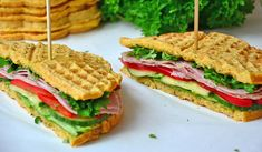 Sunne, proteinrike sandwichvafler – Karoline Marberg Healthy Nutrition, Healthy Recipes, Healthy Food, Waffle Sandwich, Waffles, Sandwiches, Food And Drink, Homemade, Drinks