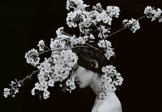 Sayaka Maruyama - Japanese photographer Sayaka Maruyama creates incredible portraits of Japanese women wrapped around gorgeous floral head pieces and accessories. Portrait Photography, Fashion Photography, Flower Photography, White Photography, Roman And Williams, We Are The World, Arte Floral, Female Photographers, Bokeh