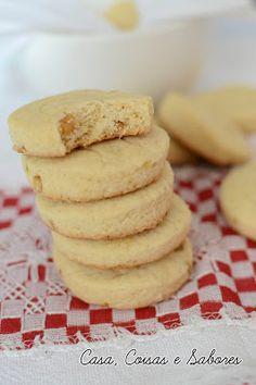 Biscoitos de laranja com nozes / Orange and walnut cookies