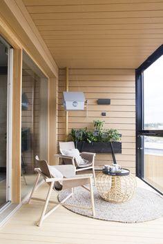 Papurinon pintaturpeesta valmistetut tuolit Balcony Garden, Go Outside, Scandinavian Interiors, Patio, Outdoor Decor, Pictures, Outdoors, Inspiration, Home Decor