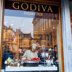 SAN VALENTIN, BOMBONES Y LADY GODIVA. Bruselas. Blog Anden 27 http://anden-27.blogspot.com.es/