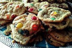 La meilleure recette de Cookies comme au subway !!! L'essayer, c'est l'adopter! 4.6/5 (62 votes), 97 Commentaires. Ingrédients: -100g de cassonade - 60g de sucre - 100g de beurre - 180 g de farine - 1 oeuf - 1cc de bicarbonate de soude - 120 gr de chocolat noir /lait /blanc /m&m's ... - 1 cc d arôme vanille