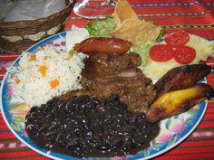 Pltanos en mole  Guatemala  Pinterest  Pltanos