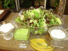 Ingredientes      1º    1 copinho de iorgurte   Suco de ½ limão pequeno   Sal   Pimenta do reino a gosto   Finas ervas a gosto   Alcaparras ...