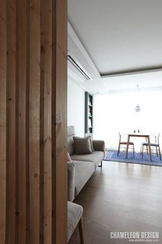 [시공사례] 철산 두산위브 / 24평 / 구정 브러쉬골드 애쉬브라운 / 따뜻한 우드 포인트 인테리어 / interior by 카멜레온 디자인 : 네이버 블로그 Modern Room, Contemporary Design, Divider, Bedroom, Interior, House, Furniture, Home Decor, Drawing Rooms