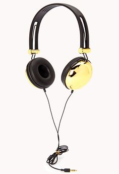 Luxe Noise-Isolating Headphones for $19.80 / 20 Awesome Gifts Under $20 That Seem More Expensive Than They Are (via BuzzFeed)