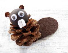 Pine Cone Beaver Ornament, Beaver Craft, Canadian Beaver, Primitive Beaver Decor, Pine Cone Craft