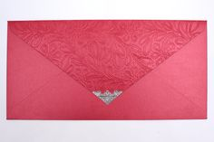 Belíssimo convite em tons vermelho. #convite #invitation #red #vermelho #prata #lacre #silver #renda #renascença