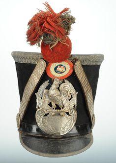 SHAKO D'OFFICIER DE GRENADIER DE LA GARDE NATIONALE, TYPE 1830, MONARCHIE DE JUILLET.