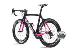 I want this! Pinarello Dogma in Giro d´Italia pink! LOVE IT!