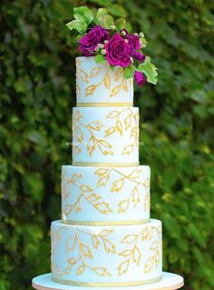 Wedding Cakes with Intricate Details - MODwedding
