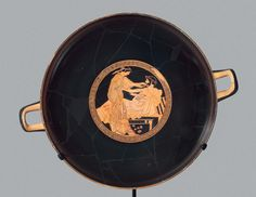 Drinking cup (kylix)   Museum of Fine Arts, Boston
