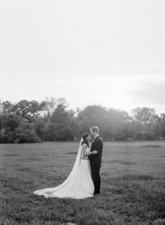 Black and white bride and groom portraits - Ashley Upchurch photography Groom, Portraits, Bride, Black And White, Wedding Dresses, Photography, Fashion, Wedding Bride, Bride Dresses