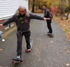 J Mascis and Omar Salazar