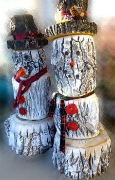 DIY Log Snowman Tutorial .... Would be a great front porch or stairs Decor for Outside