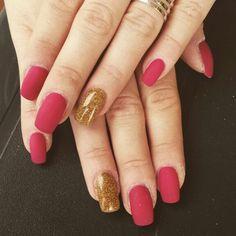 rosso opaco e glitter oro