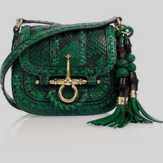 f0b8a151b66 53 Best Gucci Bag Wear images