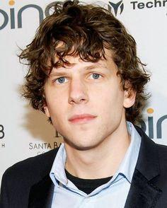 His eyes  . . . . . . . . . . . . #jesseeisenberg #thespoils #cafesociety #danielatlas #nowyouseeme2 #nysm2 #lexluthor #batmanvsuperman #bvs #americanultra #mikehowell #thesocialnetwork #thedouble #adventureland #zombieland #thedouble