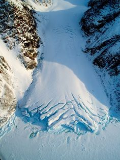 Canadian Glacier Credit: Alex Gardner A small valley glacier exiting the Devon Island Ice Cap in Nunavut, Canada. Quebec, Cosmos, Ontario, All About Canada, Sea Level Rise, Destinations, Snow And Ice, Natural Phenomena, Terra