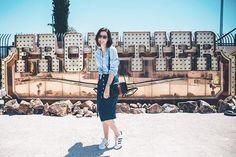 Vegas outfit! Look de hoje para passear por aí = saia Mixed, camisa Zara bolsa e óculos Gucci & tênis Adidas. Vic Ceridono | Dia de Beauté