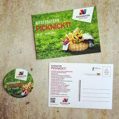 Niederbayern picknickt! Vollauf nachvollziehbar bei diesem tollen Wetter. Postkarten und Aufkleber aus dem Hause #teamElgato | #Werbeagentur  #niederbayern #picknick