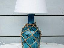maritime tischlampe mit glasfu in t rkis alles aus flaschen pinterest tischlampe strand. Black Bedroom Furniture Sets. Home Design Ideas