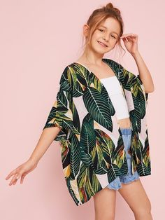 To find out about the Girls Open Front Jungle Leaf Print Kimono at SHEIN, part of our latest Girls Kimono ready to shop online today! Preteen Girls Fashion, Teenage Girl Outfits, Girls Fashion Clothes, Dresses Kids Girl, Kids Outfits Girls, Cute Outfits For Kids, Teen Fashion Outfits, Cute Casual Outfits, Cute Fashion