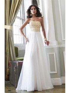 Alluring Chiffon Strapless Neckline Floor-length A-line Evening Dress